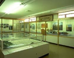 市立博物館養蚕資料、信濃国絵図...